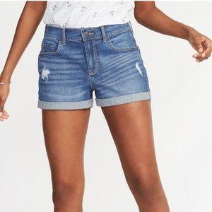Old Navy boyfriend distressed jean shorts size 10